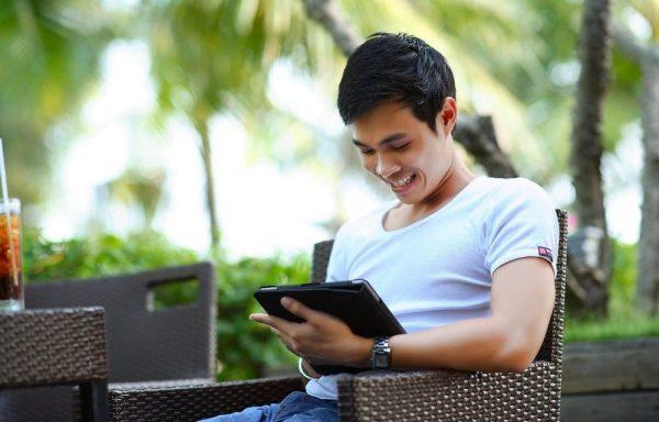 Phần mềm hẹn hò hữu ích cho đàn ông hiện đại