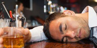 Tác hại bia rượu và các mẹo nhỏ giúp giảm nhẹ nó