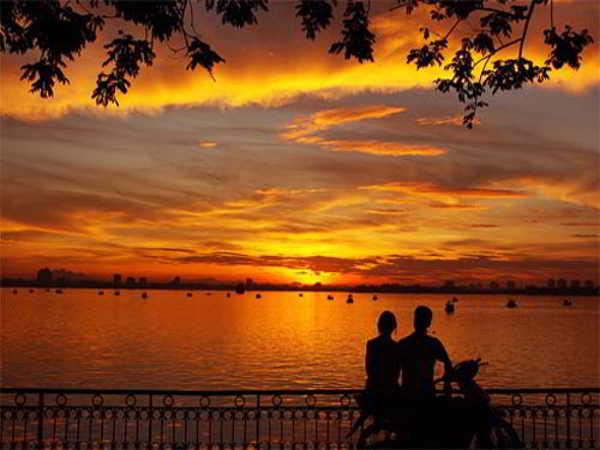 Những địa điểm hẹn hò lý tưởng ở Hà Nội