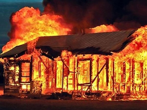 Mơ thấy nhà cháy là điềm báo gì - Đánh con số nào?