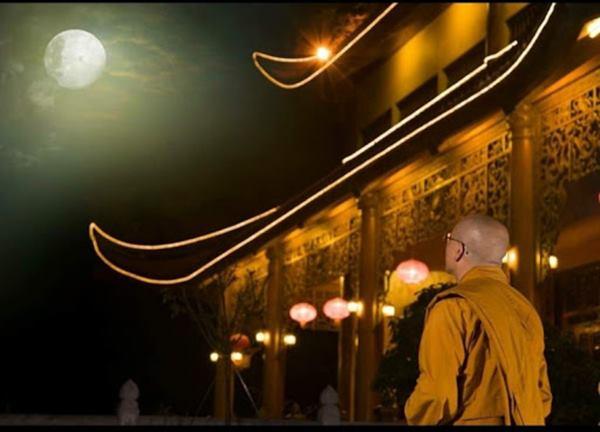 Nằm mơ thấy đi chùa là điềm báo gì?
