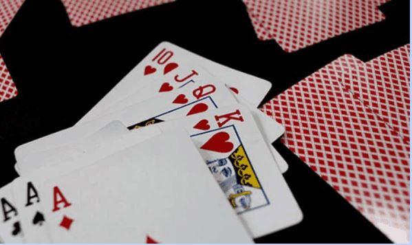 Giới thiệu luật chơi bài Mậu Binh
