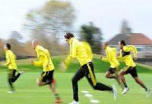 Các cách chạy nhanh trong bóng đá