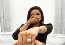 Doulgas Costa mua nhẫn kim cương cầu hôn bạn gái