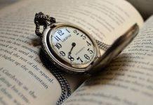 Nằm mơ thấy đồng hồ là điềm gì, con số may mắn nào liên quan?