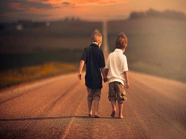 Ý nghĩa của giấc mơ thấy bạn bè là gì
