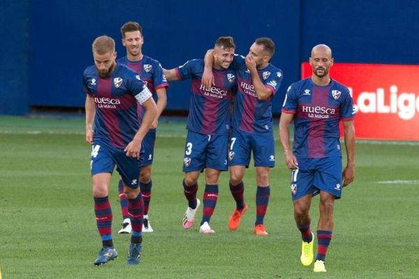 Nhận định trận đấu Valladolid vs Huesca, 03h00 ngày 30/1
