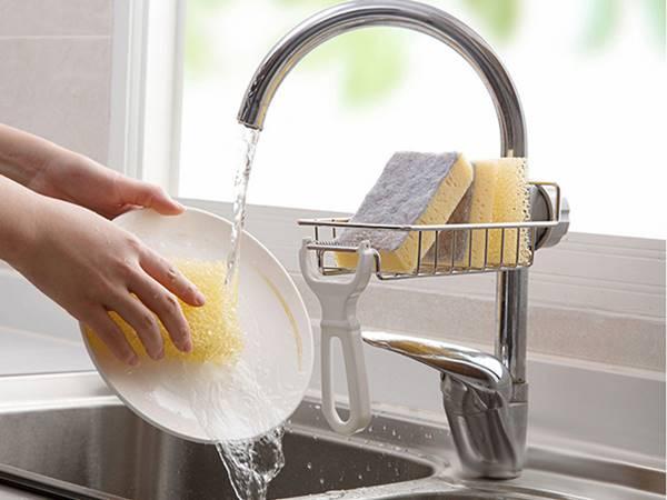 Nằm mơ thấy rửa bát đánh con gì dễ trúng, báo điềm tốt hay xấu